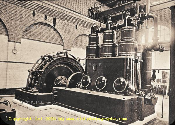 Generator with steam engine